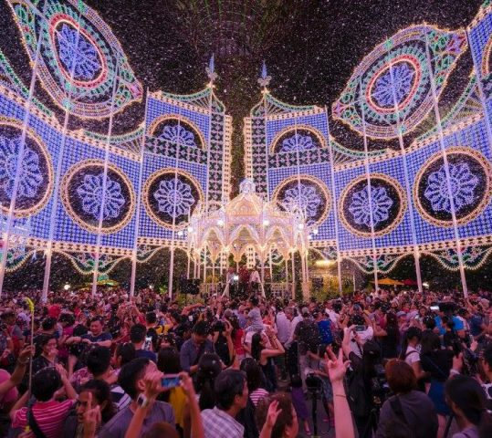 Explore Singapore Streets this Holiday Season